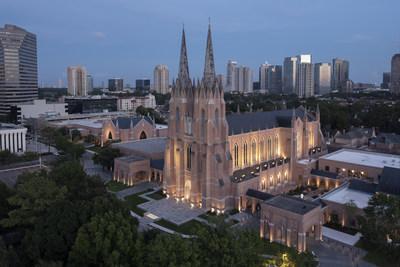St. Martin's Episcopal Church in Houston at dusk. Photo by Mark Scheyer.
