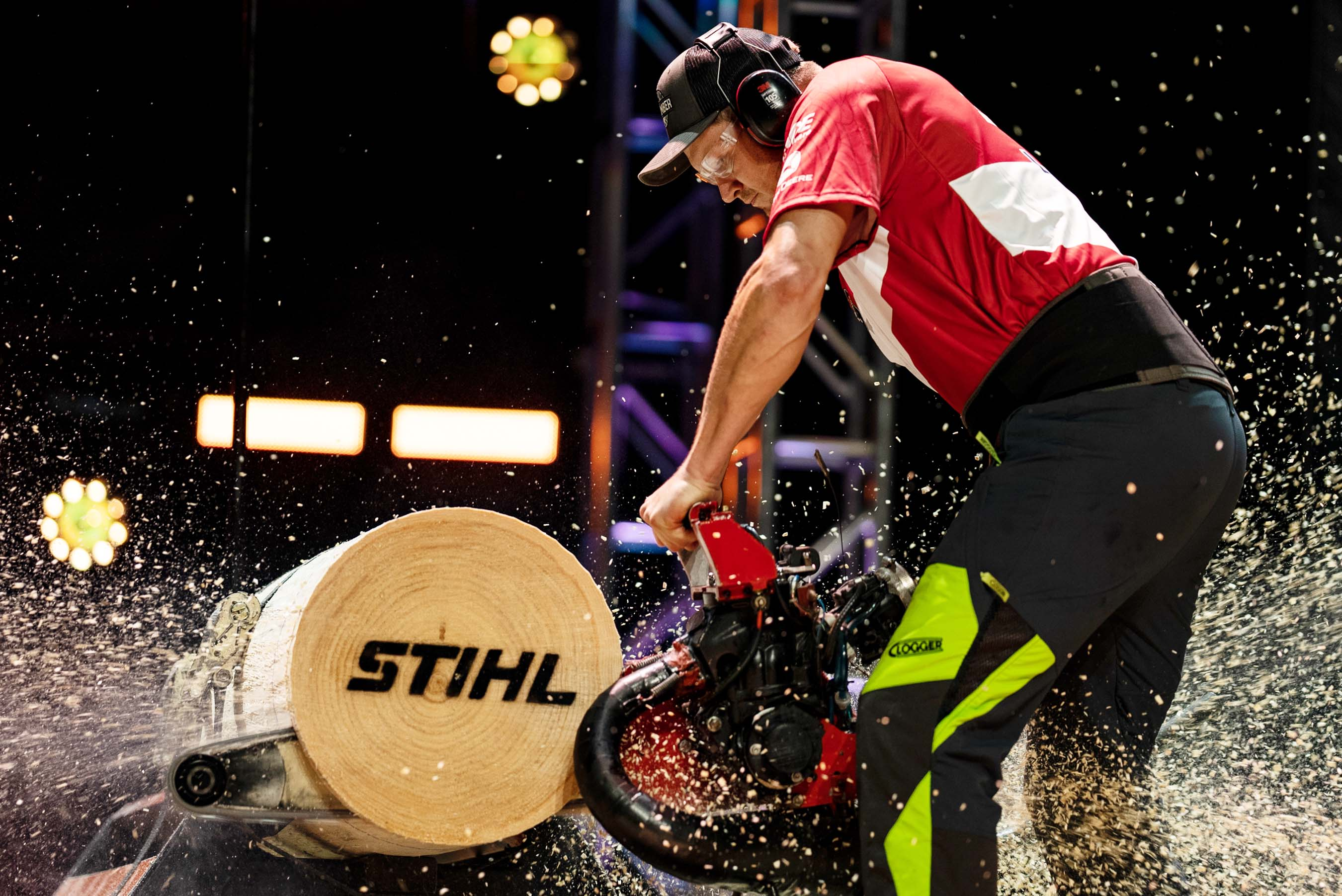 Jason Lentz goes for a U.S. record in the Hot Saw. In this discipline, the competitor uses a customized chainsaw with a modified engine, usually taken from a personal watercraft or snowmobile.